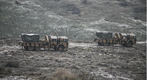 Turqia përgatitet për luftë me Sirinë