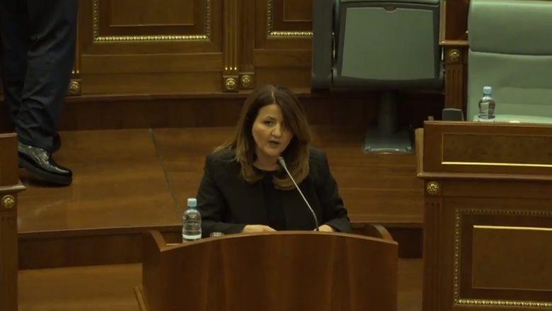 Deputetja Kollçaku kërkon nga Qeveria të jap përgjegjësi për testimin e qytetarëve në laboratoret private