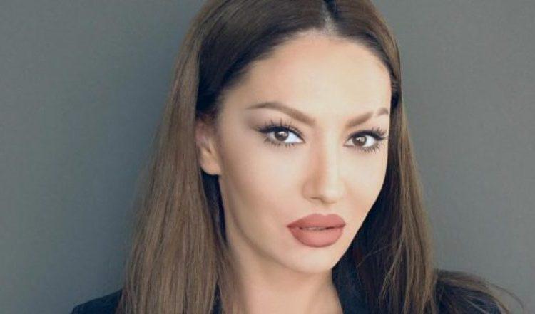 Nëpërmjet kësaj fotografie, Adelina Ismaili kujton Leze Qenën