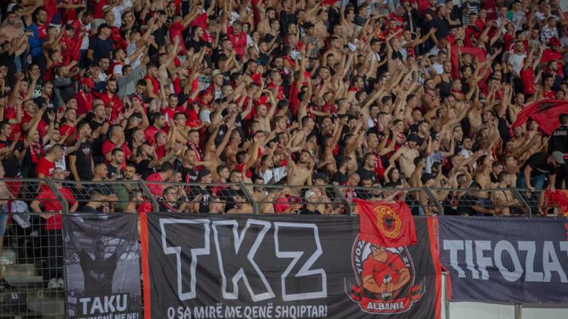 'Bonu shqiptar i mirë' – ky është mesazhi nga 'Tifozat Kuq e Zi'