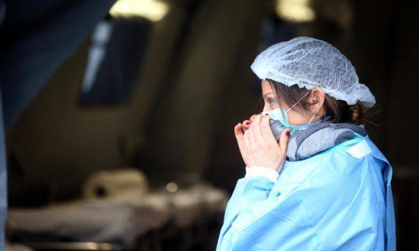 Pacientët me koronavirus kanë 8 herë të ngjarë të pësojnë goditje sesa ata me grip