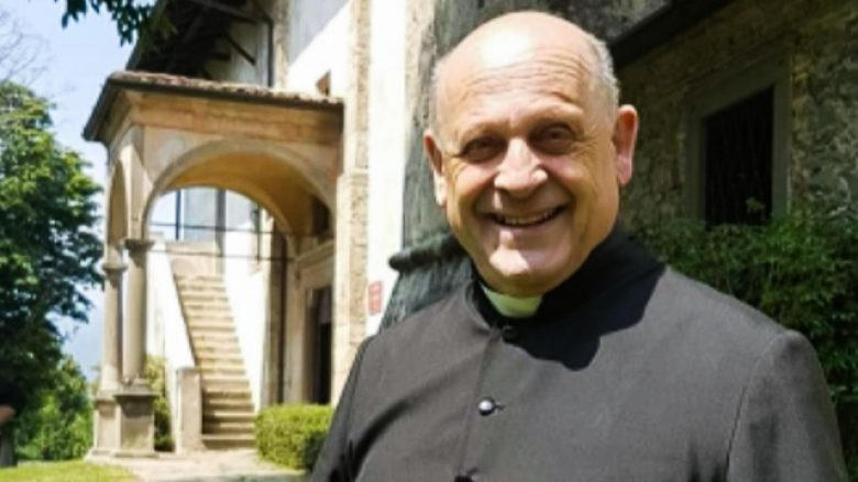 Ndërroi jetë nga koronavirusi, por u bë simbol i sakrificës: Prifti italian ia dha respiratorin një më të riu