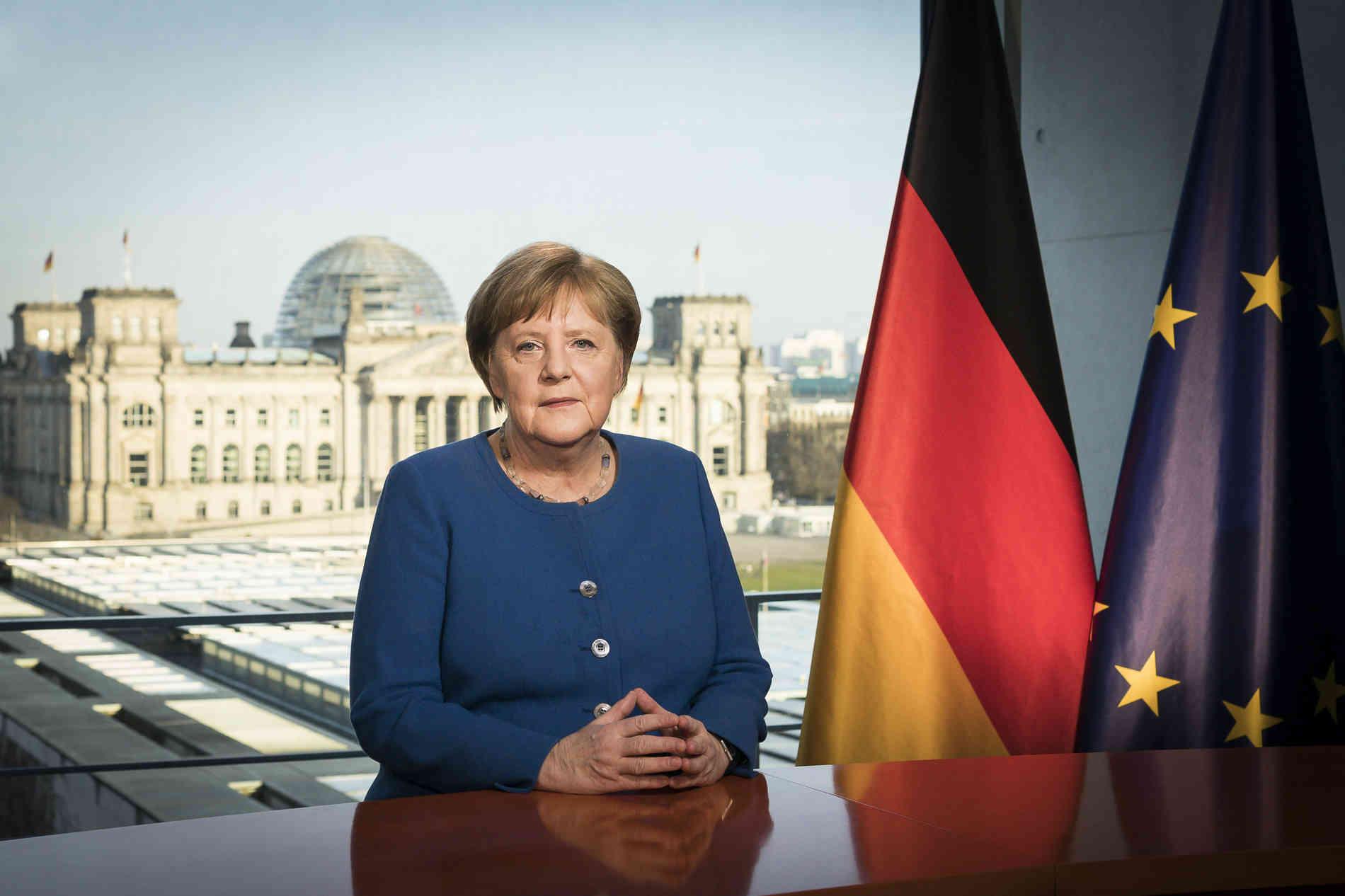 Del përgjigja e analizave për koronavirus, të kancelares Merkel