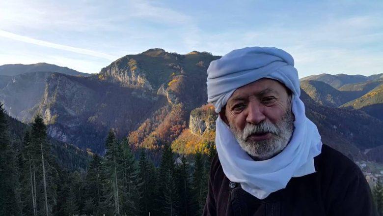 Çun Lajçi përlot me vargjet për Rikard Ljarjan: Nuk paskem pse me ardhë në Myslim Shyr, ti nuk qenke në Tiranë…