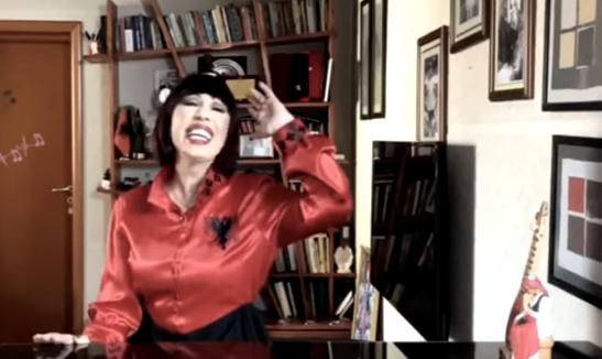 """Bashkë në luftën kundër Covid-19 – shtatë artistë nga mbarë bota performojnë """"Bella Ciao"""", në mesin e tyre Irma Libohova"""