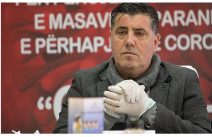 Haziri u bën thirrje qytetarëve: Mos i rrezikoni fëmijët, e qytetin tuaj, rrini në shtëpi