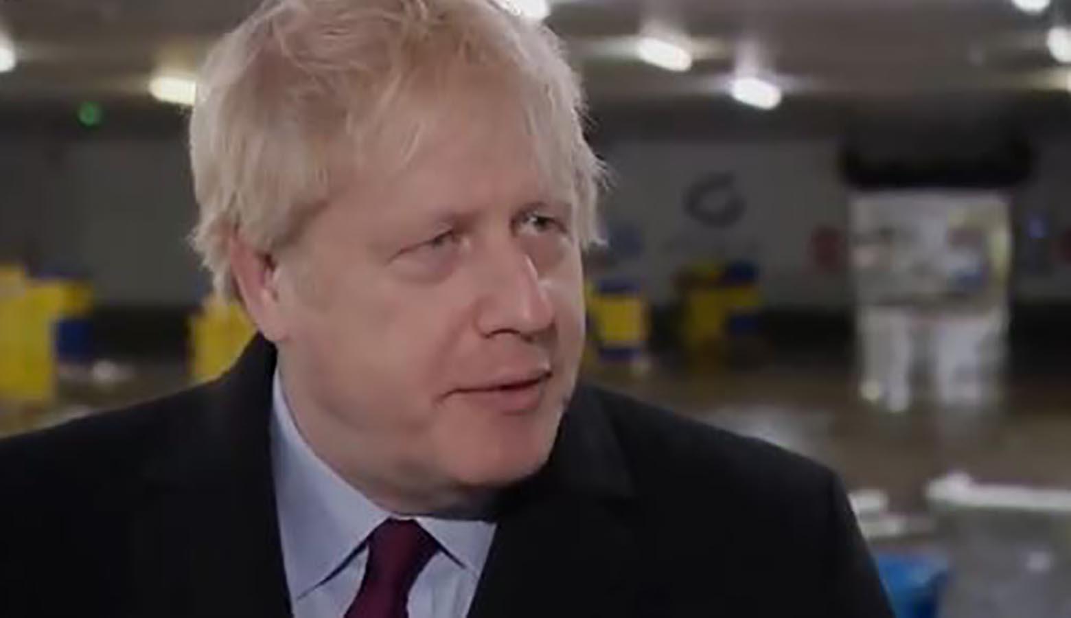 Boris Johnson zhvendoset në kujdes intenziv për shkak të koronavirusit