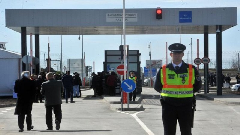 Serbia rihap kufijtë, ishin mbyllur që nga 15 marsi