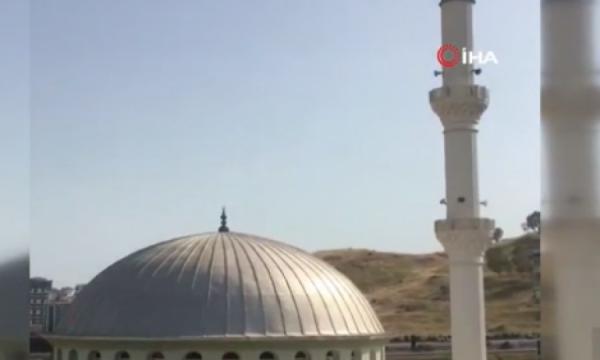 """""""Bella Ciao"""" lëshohet me altoparlant nga minarja e një xhamie në Izmir"""