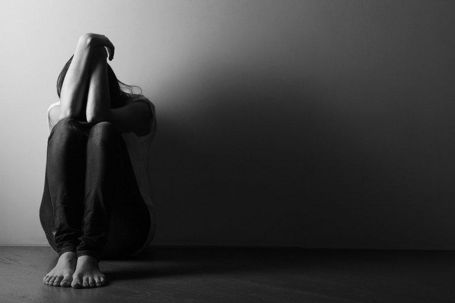 Cilat janë veprimet që nxisin depresionin, këshillat që iu duhen