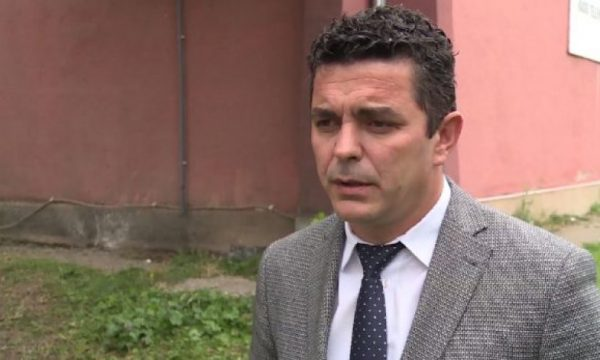 Zëvendësdrejtori i RTK-së ofendon deputeten e VV-së