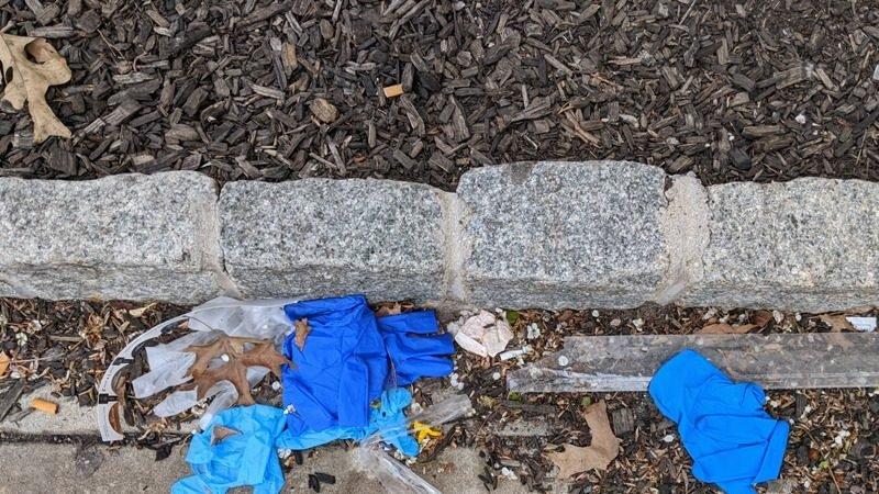 Ky vend vendos: Kush hedh dorezat dhe maskat në rrugë gjobitet me 500 euro
