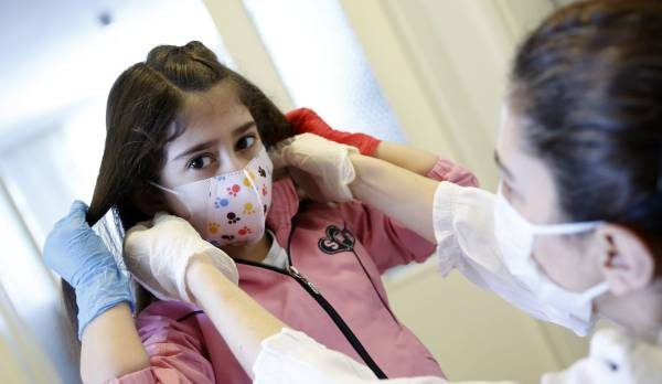 Pediatrja shqiptare tregon çfarë është Kawasaki dhe si lidhet me koronavirusin