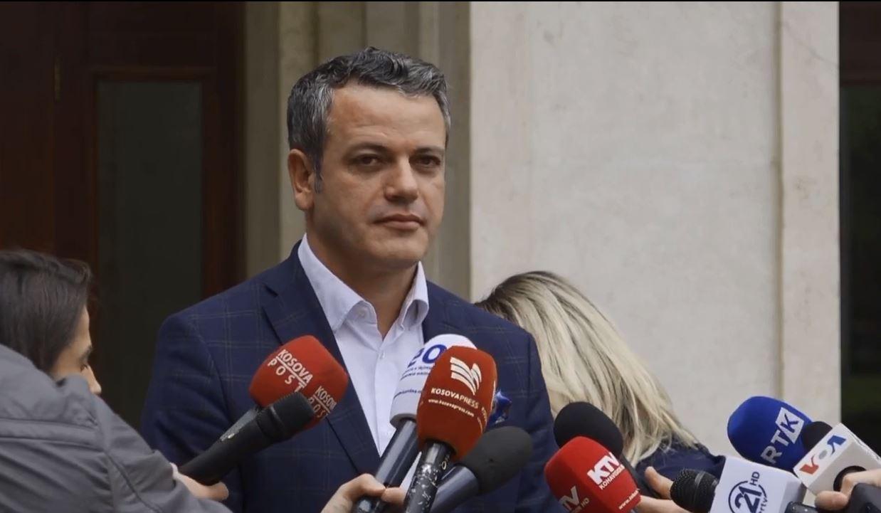 Arben Gashi reagon ndaj deklaratave të Presidentit Thaçi, i del në mbrojtje aktivistit të Vetëvendosjes