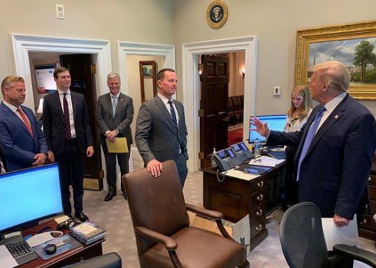 Grenell zyrtarizon dorëheqjen nga Shtëpia e Bardhë