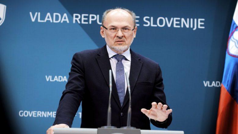 Sllovenia mund të largojë Kroacinë nga lista e vendeve të sigurta