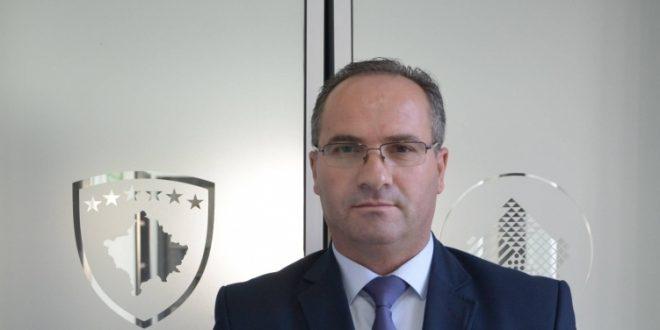 Ministri Krasniqi: Lejohet mbajtja e dasmave dhe hapja e pishinave deri me 50 persona