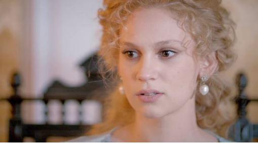 Aktorja e njohur turke zgjedh sërish Sarandën për pushime