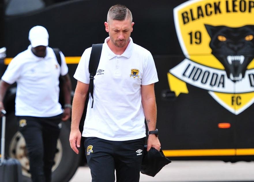 Drita angazhon trajner nga Afrika e Jugut