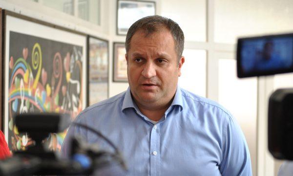 Kryetari Ahmeti tregon se kur vjen sonte rryma në Bregun e Diellit dhe në Mati 1