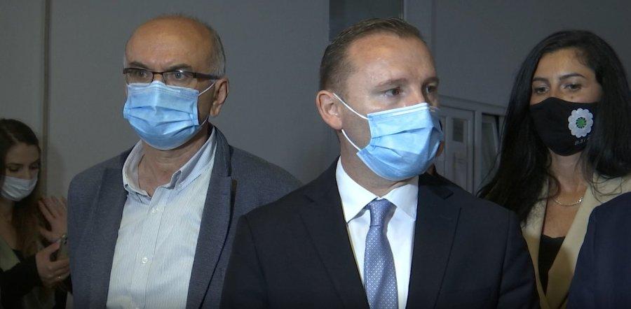 Ministri Zemaj nuk di asgjë për planet e Serbisë për hapjen e laboratorit në Mitrovicë
