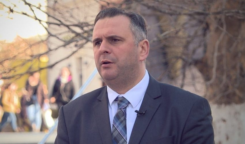 Bajqinovci: Vendi duhet të shkojë në zgjedhje, s'ka pse të flitet për postin e presidentit