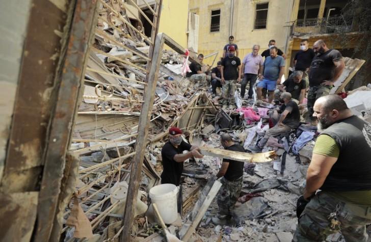 Libani shpall gjendje të jashtëzakonshme dy-javore në Bejrut