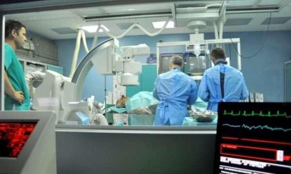 Penalizohen drejtorët në Klinikën e Kardiologjisë për papërgjegjësi në punë