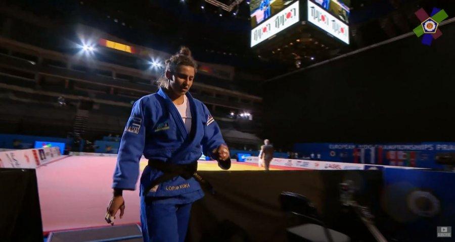 Loriana Kuka stoliset me medalje në Kamionatin Evropian në Pragë