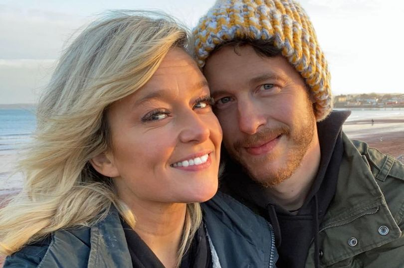 Burri fluturoi 15,000 km për të takuar një grua, dhe e la pas 3 javësh, kjo është arsyeja pse