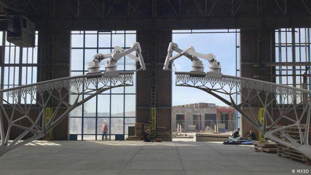 Robotët muratorë dhe printerat 3D, shtëpi me kosto 8 mijë euro për 48 orë