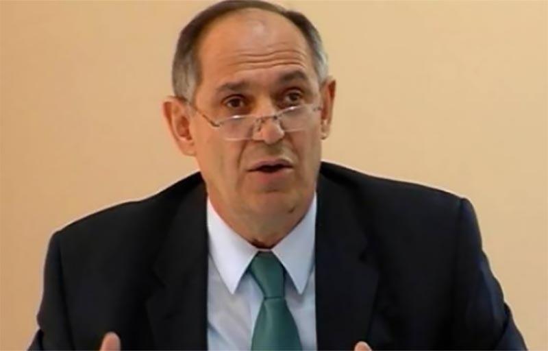 Kur mediokritetet dhe sekserët marrin hez – Antipodë të Institutit Riinvest përgjigjen ua ka dhënë vetë presidenti Rugova për së gjalli