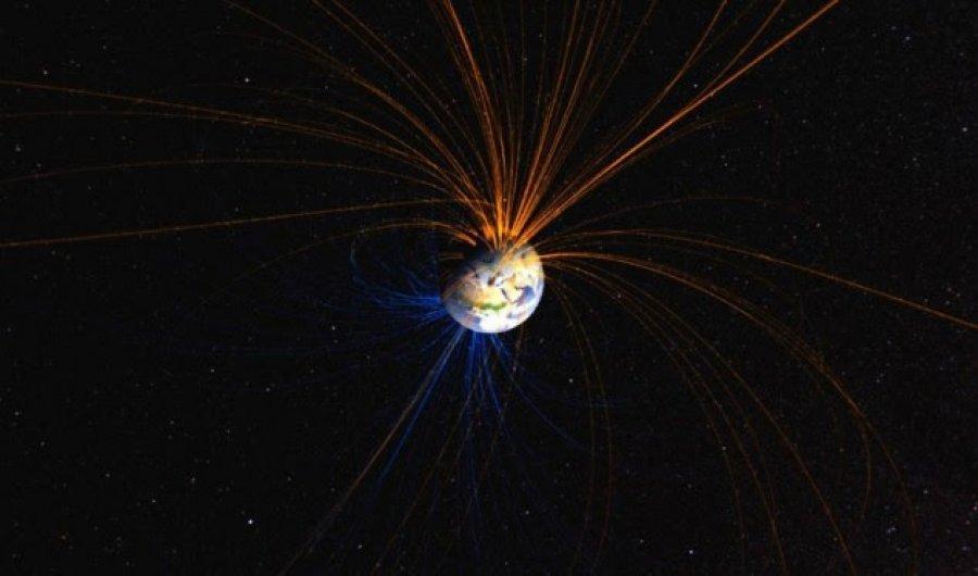 """Fusha magnetike dhe rrëshqitja e poleve të Tokës, si është """"paralajmëruar"""" zhdukja e specieve"""
