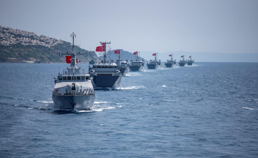 Turqia sfidon sërish Greqinë/ Nxjerr 87 anije për stërvitje, aeroplanë e helikopterë lufte në Egje dhe Mesdhe