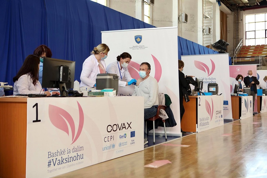 Në këto orare mund të vaksinoheni sot në Prishtinë e komunat tjera