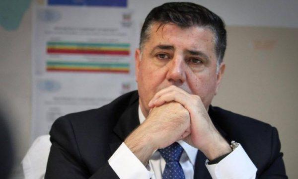 Haziri shpreh ngushëllime për tre anëtarët e familjes Haliti që dyshohet se vdiqën nga helmimi në Shqipëri
