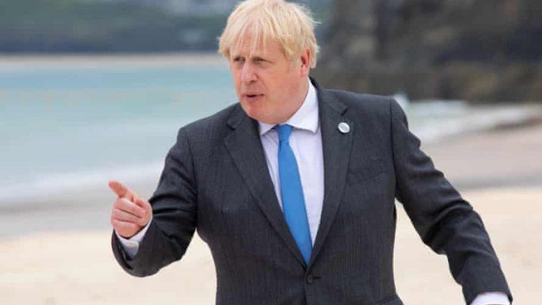 Boris Johnson pyetet nga gazetarja nëse Putini është vrasës: E keni parë çfarë u ka ndodhur kundërshtarëve të tij?