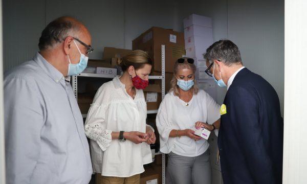 Ministri Vitia pret në takim ambasadoren kroate për të pranuar 10 mijë vaksinat antiCOVID