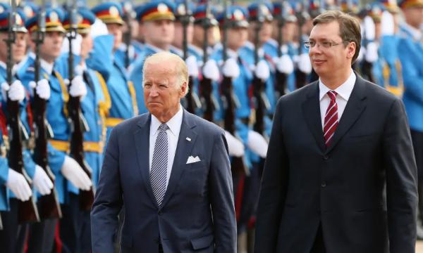 Foreign Policy: Urdhri i ri ekzekutiv i Bidenit paralajmëron ndryshime karshi Serbisë