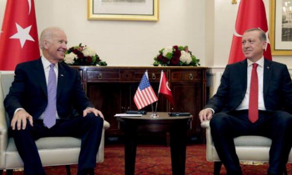 Erdogan takohet me Bidenin për herë të parë pasi që SHBA njohu gjenocidin mbi armenët