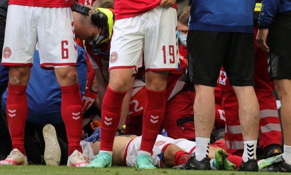 Momenti kur mjekët e risjellin në jetë lojëtarin i cili pësoi atak në fushë