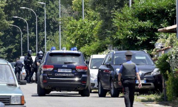 Itali: Vret një të moshuar dhe dy fëmijë pastaj edhe veten