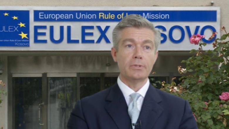 Malcom Simmons: EULEX-i dorëzoi dosje në Beograd
