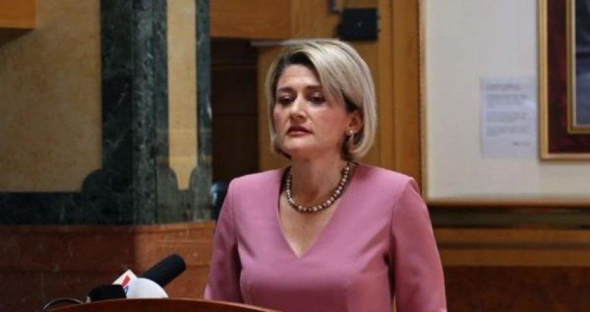Kusari-Lila: Mentor Shala të kërkojë falje për gjuhën e përdorur ndaj deputetes, Daorsa Kica