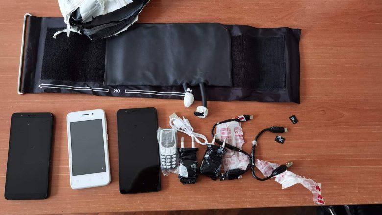 Parandalohet kontrabandimi i telefonave mobilë në burgun e Prizrenit