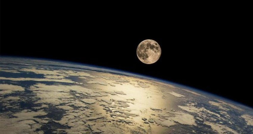 Shkatërrim e dallgë 8 herë më të larta, ç'ndodh nëse Hëna afrohet me Tokën?