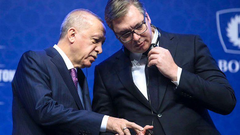 Erdogan teston marrëdhëniet Turqi-Serbi përmes Kosovës
