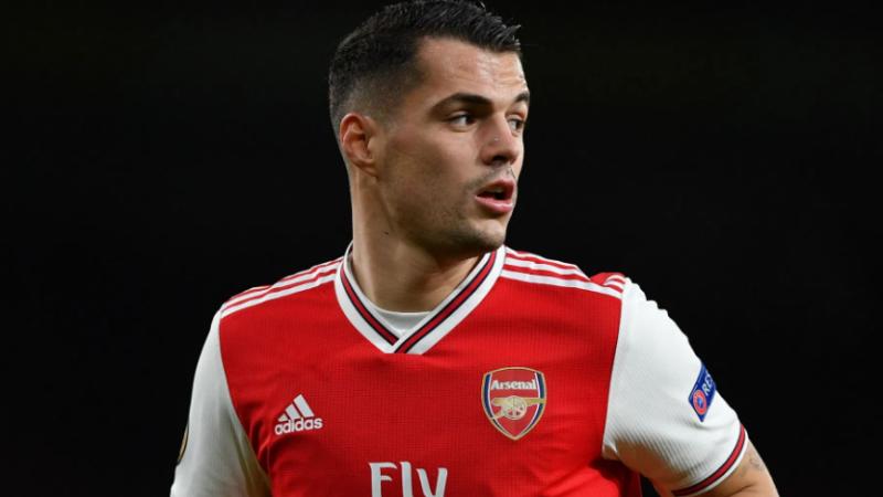 Arsenali përgatit kontratë të re për Xhakën pasi Roma nuk i përmbushi kërkesat e tyre