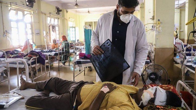 Më shumë se 4,300 njerëz kanë vdekur nga sëmundja 'kërpudhat e zeza' në Indi