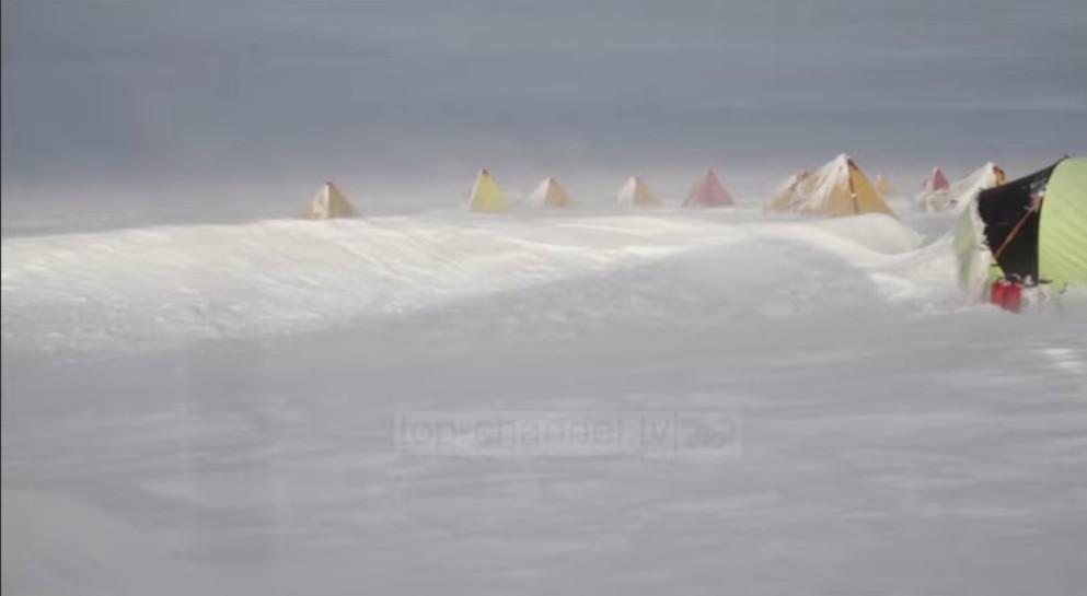 """Zbulohen 30 viruse të panjohura/ Ishin """"fshehur"""" në akullnajat kineze!"""